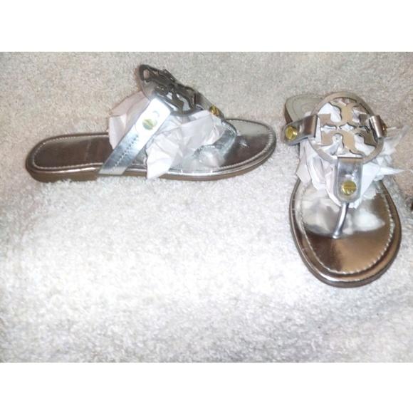 0a94b85906cbd Tory Burch miller silver flat sandals